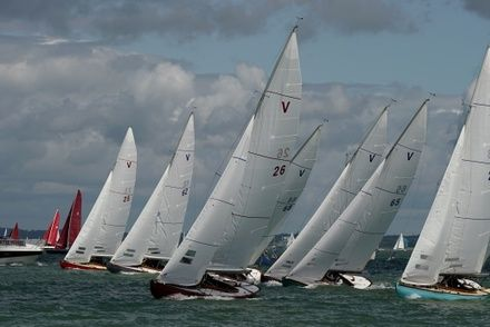https://media.insailing.com/event/cowes-week/image_1573813363052.jpg