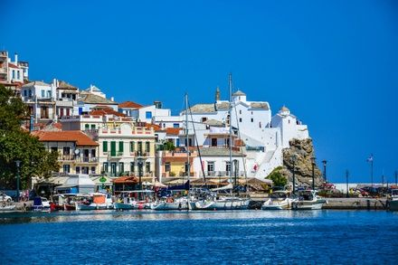 https://media.insailing.com/event/greece-aegean-sea-sailing-cruise-in-the-sporade/image_1582473800923.jpg