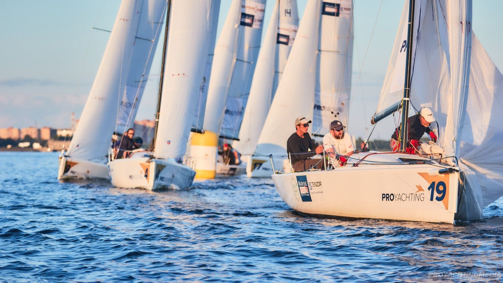 Helmsmen course according to the standards of the Russian Yachting Federation