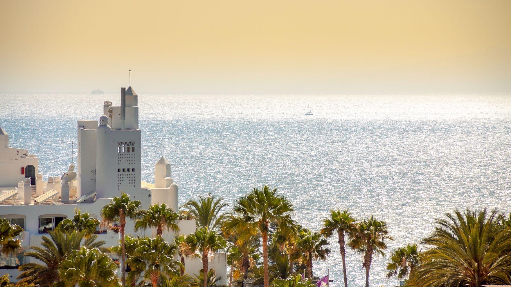 A cruise on a sailing yacht: Tenerife — La Gomera