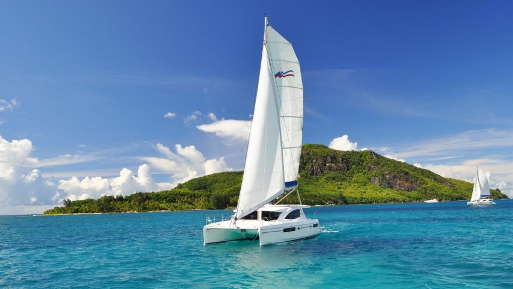 Seychelles sailing cruise