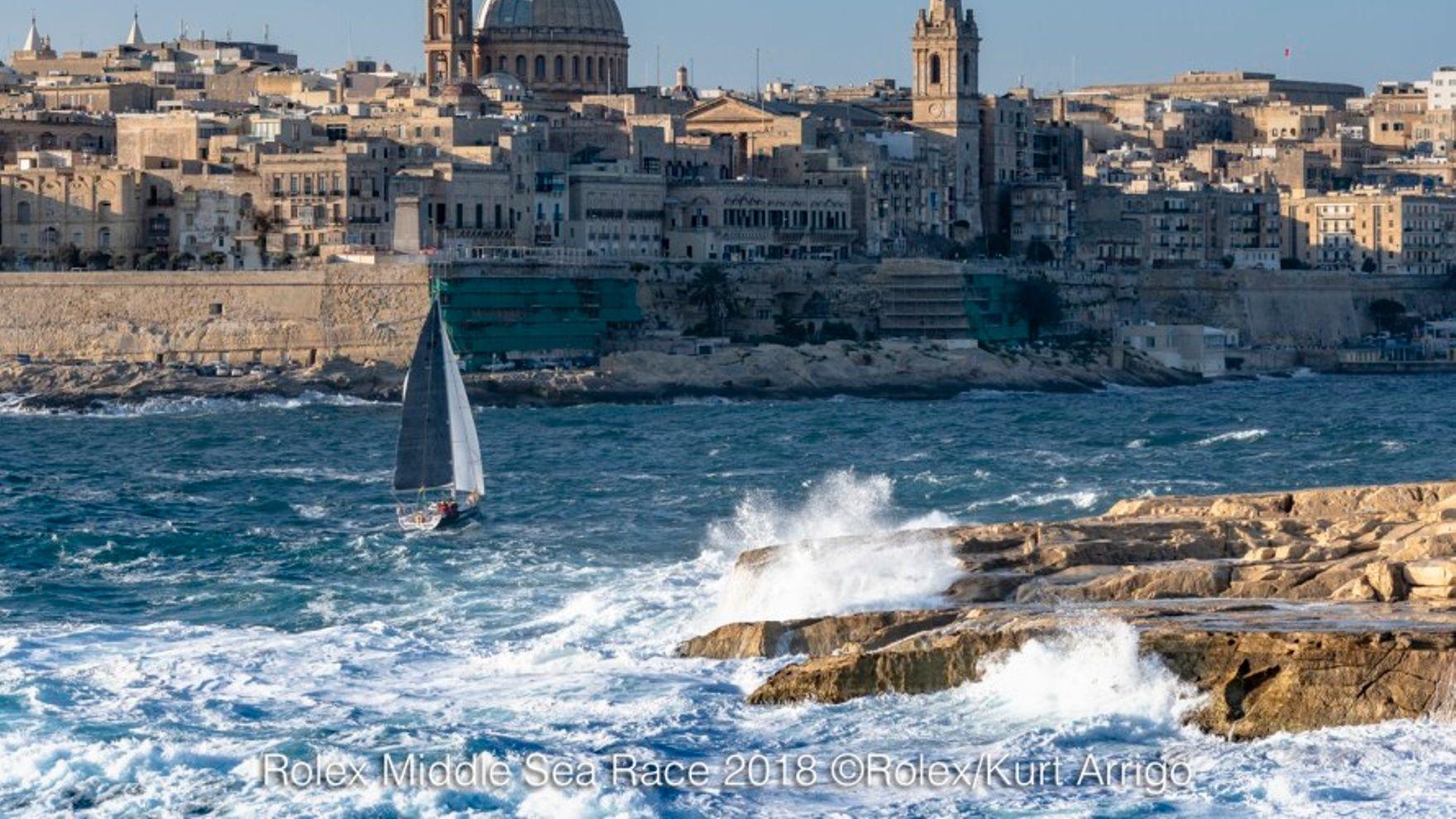 Mile building Saint Tropez — Malta