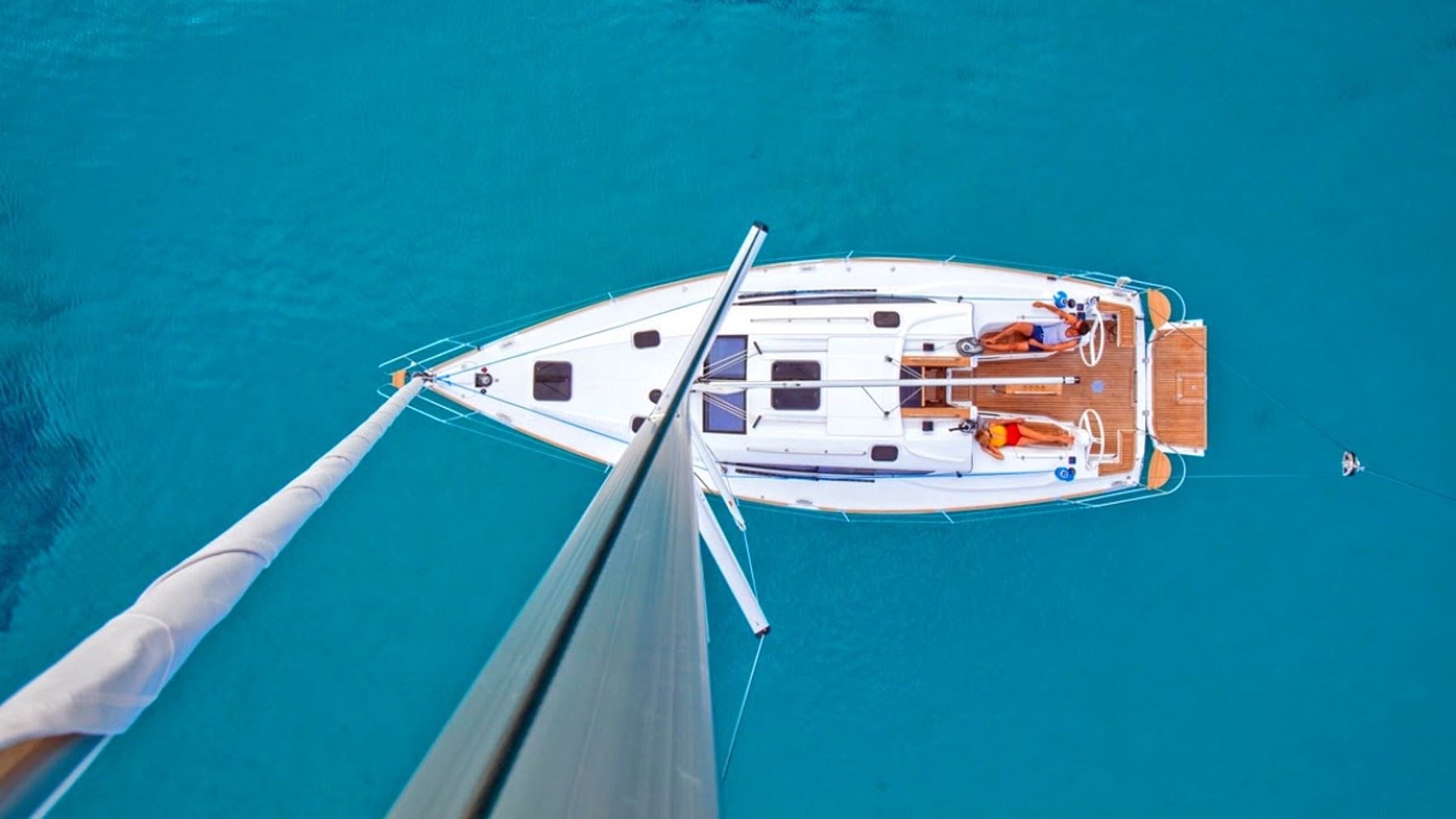 """A vacation on a sailing yacht """"Orange"""" in Montenegro"""