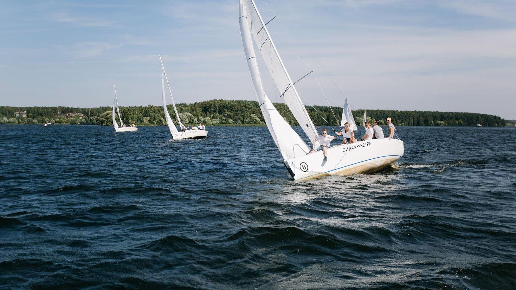 Парусные тренировки на Азовском море