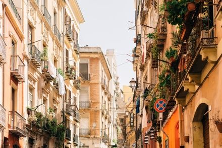 https://media.insailing.com/event/perehod-sardiniya----siciliya----malta/image_1578569428562.jpg