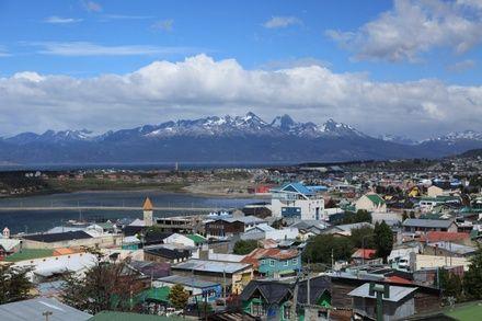 https://media.insailing.com/event/pod-parusom-k-antarktide-etap-2-rio-galegos----ushuayya/image_1573558917243.jpg
