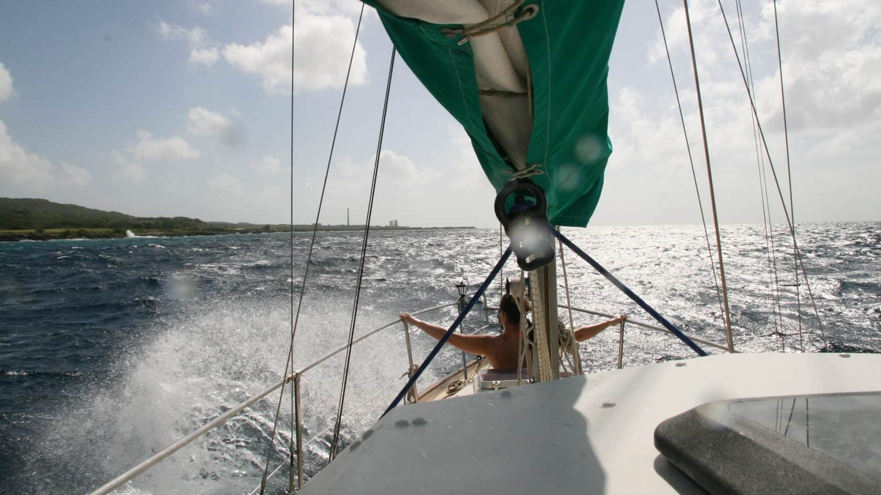 Sailing to Greece. Expedition to Milos