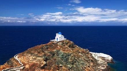 https://media.insailing.com/event/pod-parusom-v-greciyu.-ekspediciya-na-milos./image_1571988387692.jpg