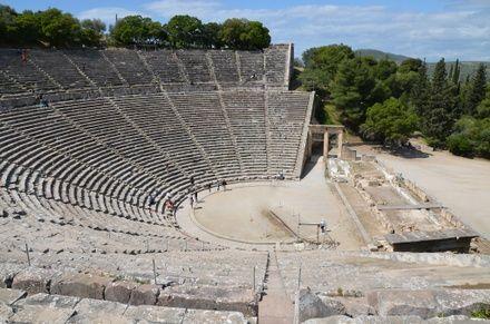 https://media.insailing.com/event/priklyucheniya-v-grecii/image_1615801569750.jpg