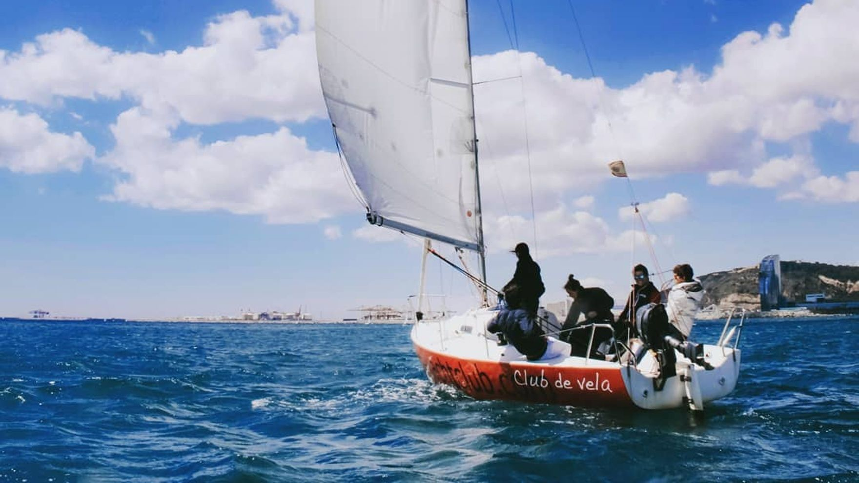 Private Sailing Courses in Barcelona