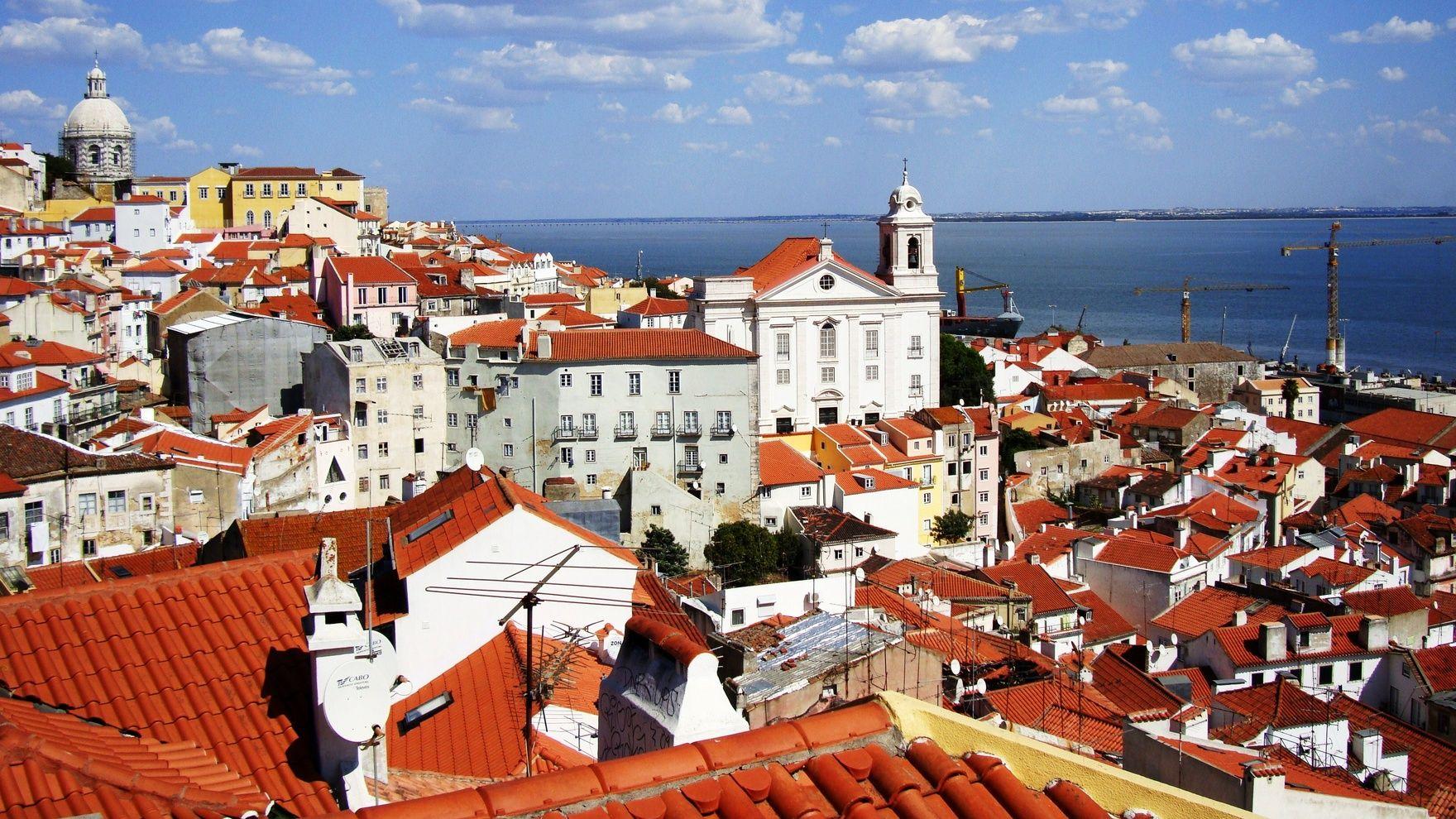 Day sailing: Alcantara— Oeiras— Alcantara