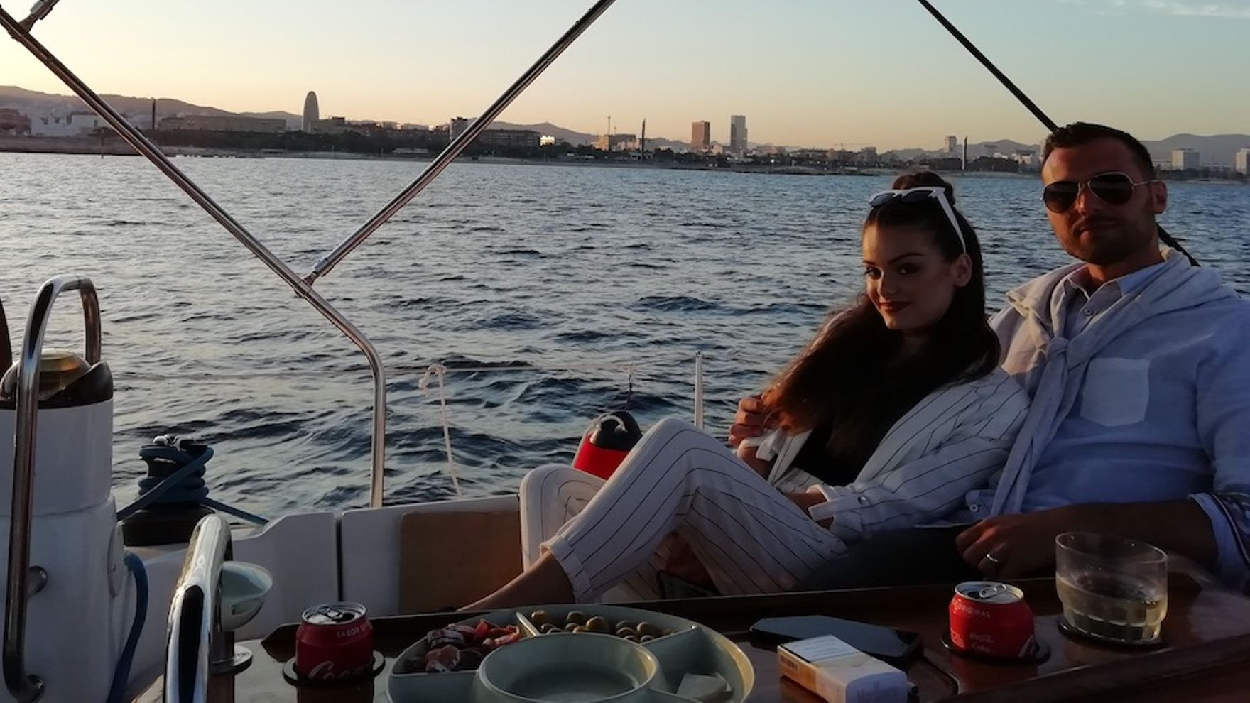 Прогулки на яхте в Барселоне