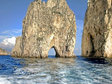 https://media.insailing.com/event/rolex-capri-sailing-week-2020/image_1573737679271.jpg