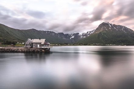 https://media.insailing.com/event/sailing-expedition-to-the-lofoten-islands-week-3/image_1597938266027.jpg