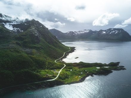https://media.insailing.com/event/sailing-expedition-to-the-lofoten-islands-week-3/image_1597938266034.jpg