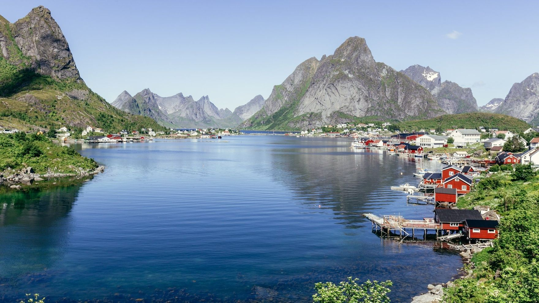 Sailing expedition to the Lofoten Islands