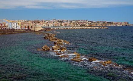 https://media.insailing.com/event/siciliya-liparskie-ostrova-malta-v-iyune/image_1581961031727.jpg