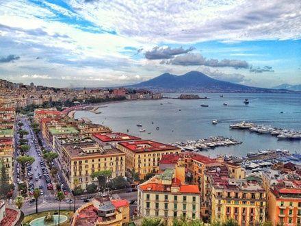 https://media.insailing.com/event/uchebnyy-perehod-kashtela----neapol/image_1575274951120.jpg