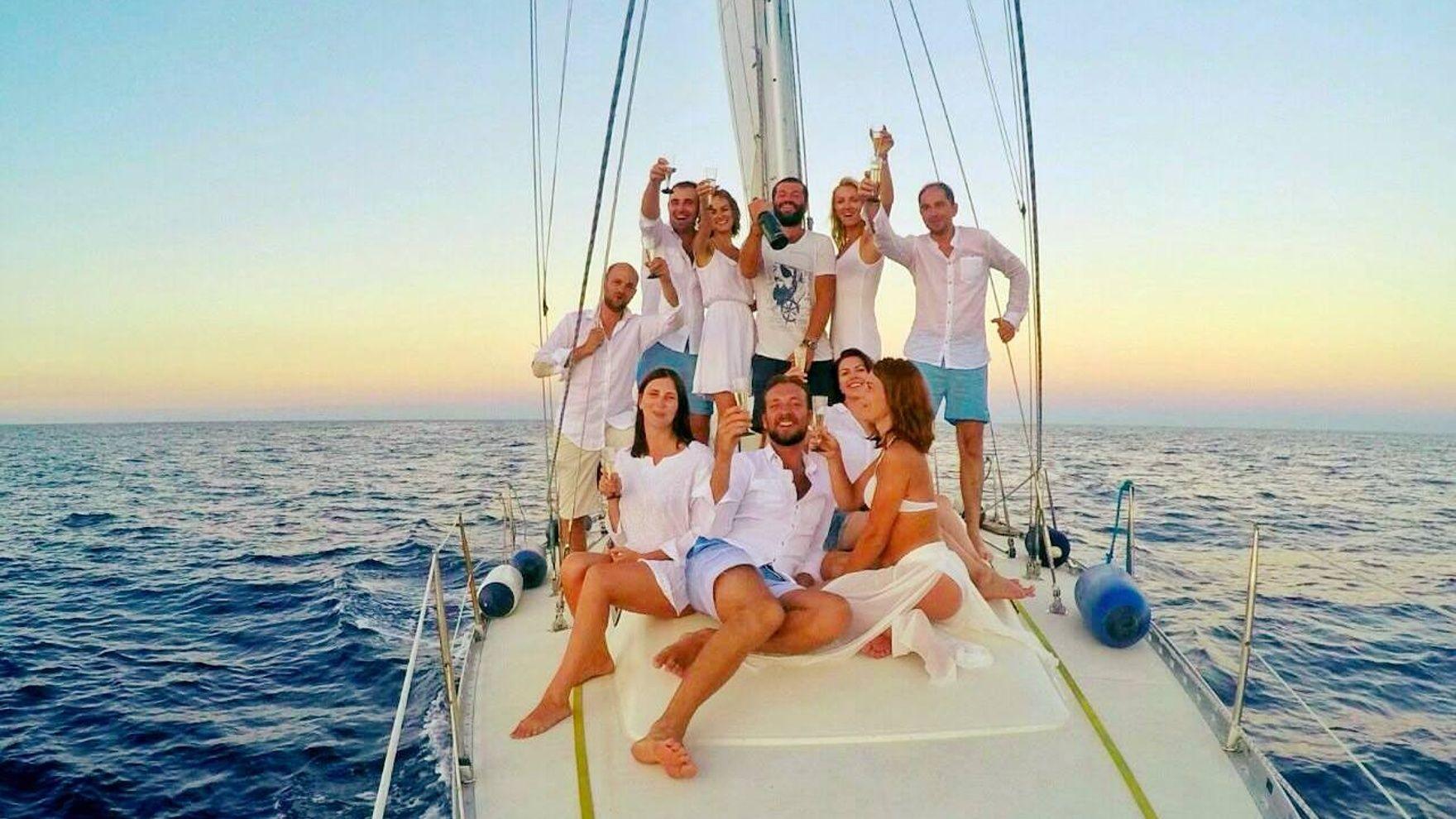 Around Mallorca on a yacht